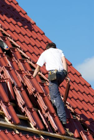 workingman: Roofer at work