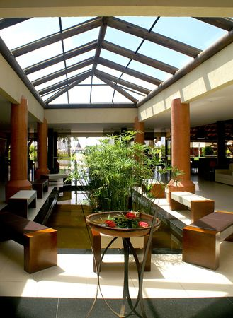 conservatory: Airy Hotel Lobby