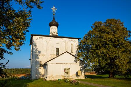 nerl river: KIDEKSHA, RUSSIA - SEPTEMBER 08, 2014: Church of Boris and Gleb a built in 1152, on orders of Prince Yuri Dolgoruky, in Kideksha on Nerl River Editorial