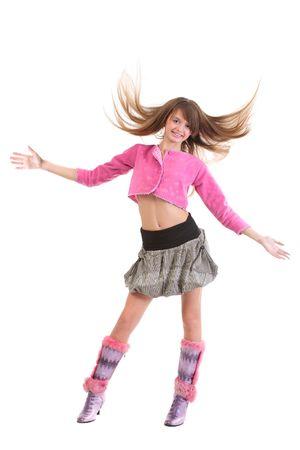 gambe aperte: Felice battenti la ragazza con i capelli, indossa mini cardigan rosa con gonna corta e tacco alto stivali