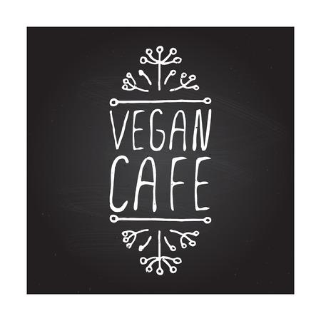 fond restaurant: Caf� Vegan main-esquiss� �l�ment typographique sur fond tableau. �tiquette de restaurant. Convient pour les annonces, enseignes, menus et des conceptions web de banni�res