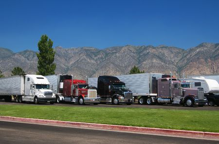 salt lake city: Trucks at rest area north from Salt Lake City, Utah, USA