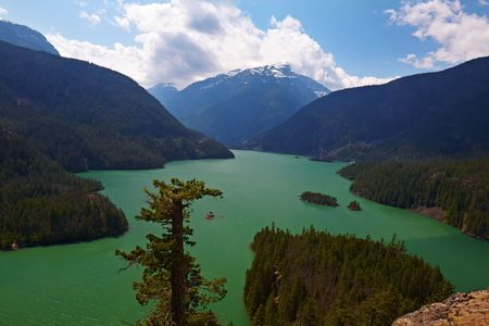 lake diablo: Green Waters of Lake Diablo, North Cascades, Washington, United States