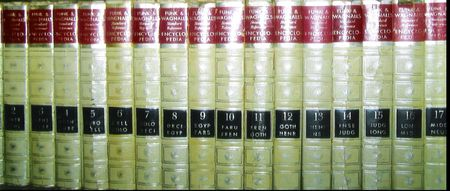 encyclopedias: Enciclopedias