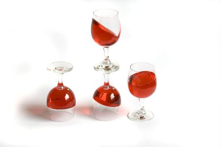 topsyturvy: calyx;capsize;drink;drop;four;glass;glasses;gravitation;gravity;red;topsy-turvy;wine