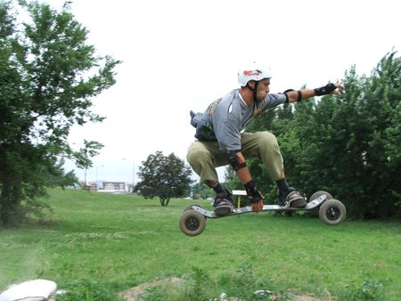 indy: indy grab on mountainboard