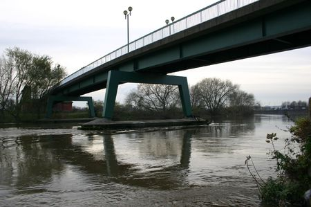 Toll Bridge Over The River Trent, Victoria Embankment, Nottingham, U.K. Фото со стока