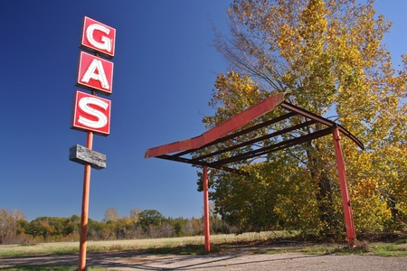 abandoned gas station: Abandoned Gas Station