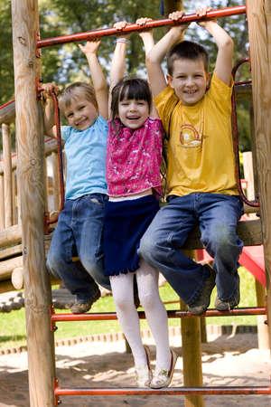 children playground: cabritos felices