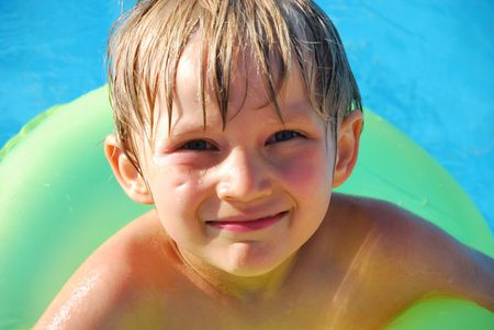 boy in pool Stock Photo - 1201681