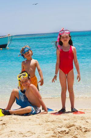 snorkeling: Happy divers