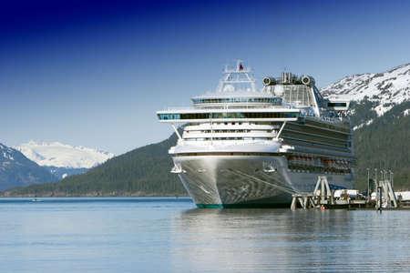 docked: Acoplado de cruceros de Alaska