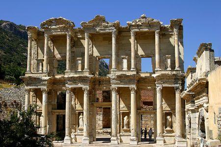 Les anciens de la biblioth�que de Celsius dans Efes, Turquie