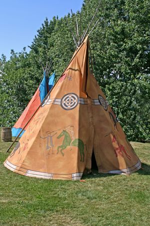 cherokee indian: Traditionnal teepee. Stock Photo