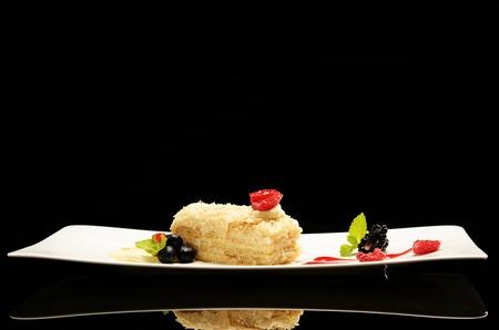 tort: Napoleon puff tort with fresh  fruits
