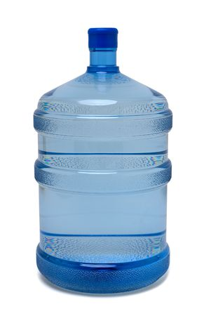 purified: Botella grande de agua potable purificada en blanco