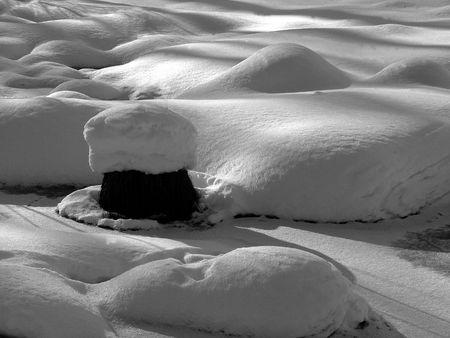 snowbank: Snowbank