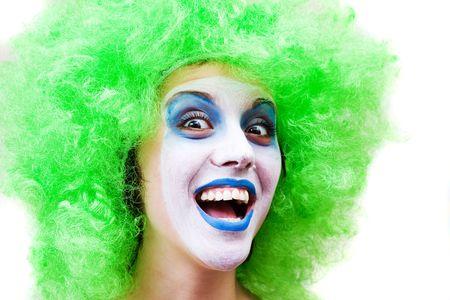stage makeup: spooky clown femminile in fase di pesante make-up