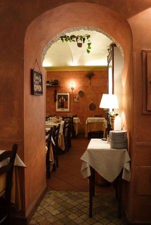 restaurante italiano: Restaurante italiano rom�ntico # 2  Foto de archivo