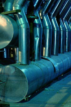 turbina de vapor: Tubos, maquinaria y turbina de vapor en una planta de energ�a