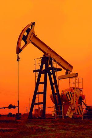 roughneck: An industrial oil pump
