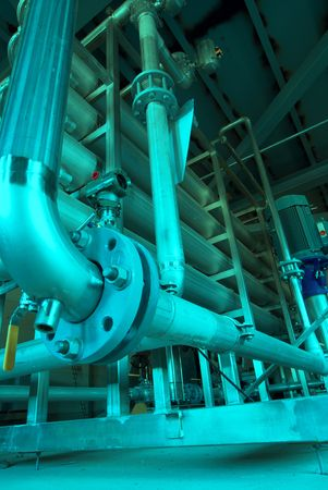 combustible: Pipes, tubes, machinery and steam turbine at a power plant