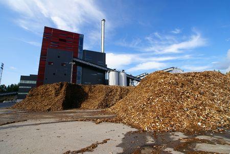 recursos naturales: planta de energ�a de BIO con almacenamiento de combustible de madera