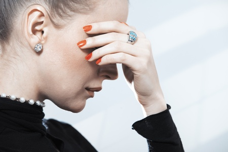 nifty: Stylish lady in studio with luxurious jewelry