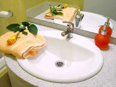 Washbasin towel and liquid soap