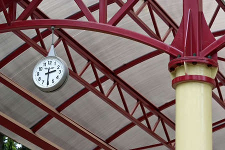 transposition: railway station clock-indispensable attribute of any station