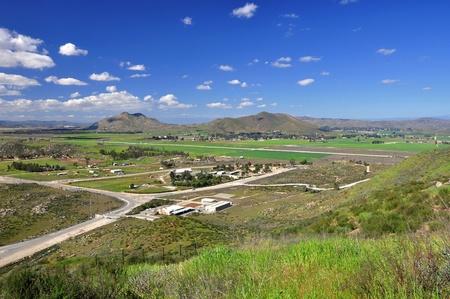 winchester: Vista sulla valle di Winchester pacifica nella California del sud.
