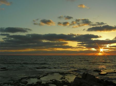 tenseness: The sunset on a Mediterranean sea