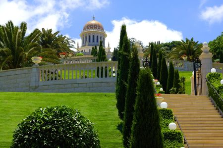 founder: view of Bahai Temple,  sepulchre of Baba, founder of bahaism, Haifa, Israel