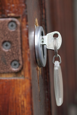 key fob: door with the key and key fob