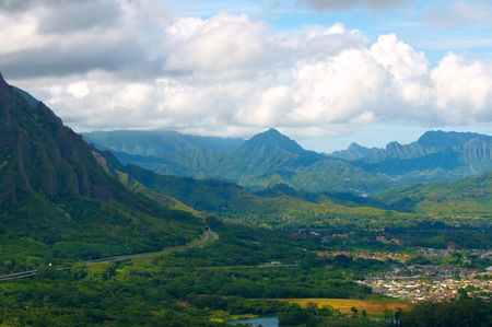 windward: Dramatic view of Oahus windward side from the Pali Lookout