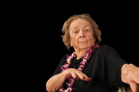 donna che balla: Senior cittadino facendo un po 'di hula Archivio Fotografico