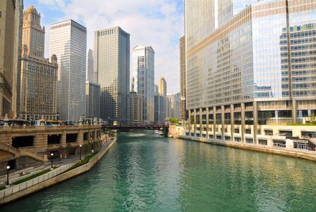 river: Morning light on the Chicago River, seen from Michigan Avenue