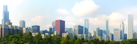 city park skyline: Panoramic shot of downtown Chicago looking north and west from the museum campus Stock Photo