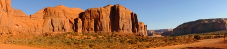 mesas: Panorama of mesas and buttes at Monument Valley, Arizona