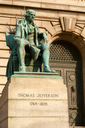jefferson: Statue of Thomas Jefferson in front of the Cuyahoga County Courthouse in Cleveland Ohio