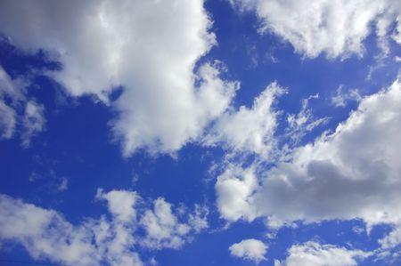 Wolken aan hemel