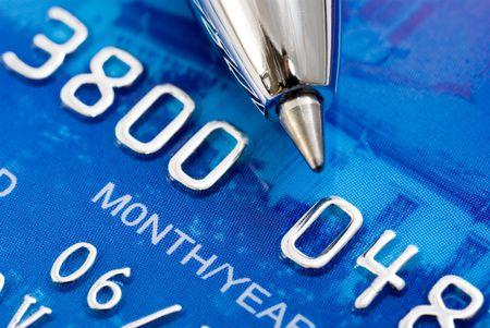 Close-up van een creditcard en pen Stockfoto