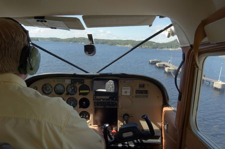 hydroplane: View from cockpit of hydroplane