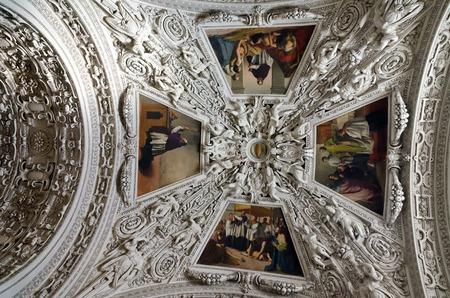 dom: D�me de la cath�drale de Salzbourg (Salzburger Dom), en Autriche. �ditoriale