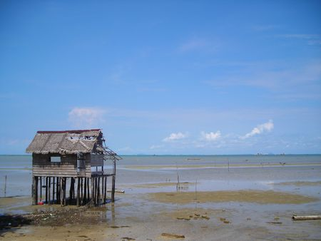 Single abandoned hut by the beach at Bintan, Indonesia Stock Photo - 745991