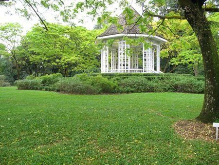 Single white pavilion in Singapore Botanical Gardens Stock Photo