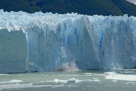 landslip: Collapse on the Perito Moreno Glacier in Patagonia, Argentina.Lake Argentino, El Calafate Stock Photo