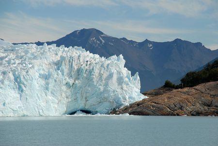 The Perito Moreno Glacier in Patagonia, Argentina.Lake Argentino, El Calafate Stock Photo - 3516409