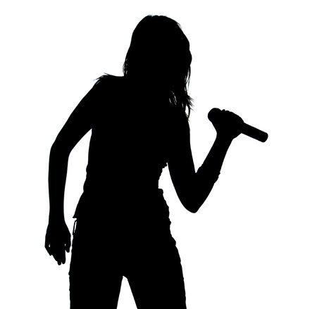 personas cantando: Canto de la muchacha - Silueta