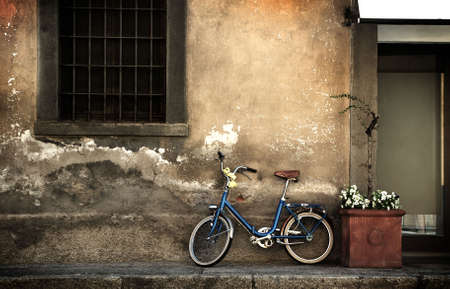 city alley: Italian old-style bicycle